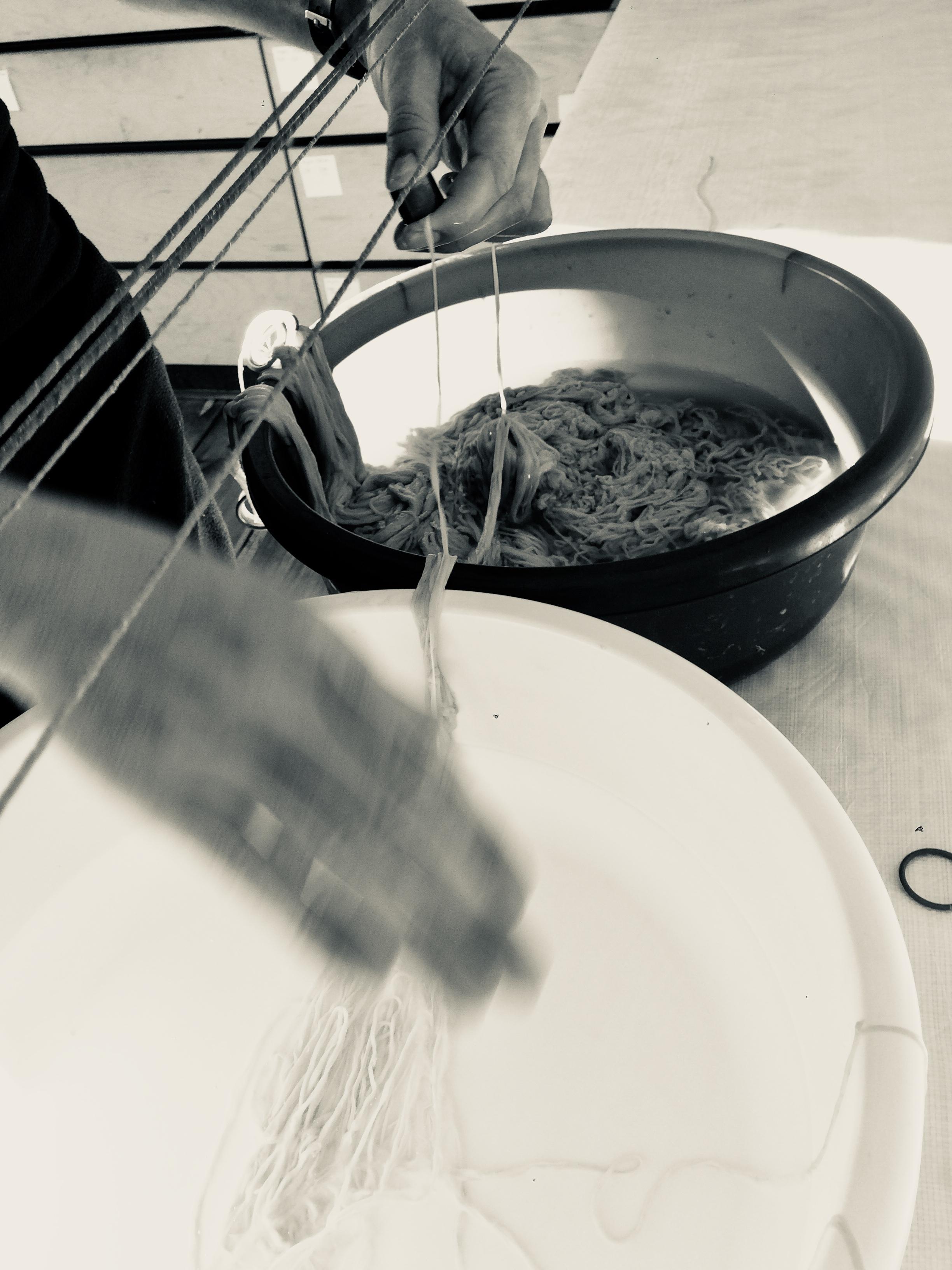 Barocksaiten Herstellung, Pure Corde Darmsaiten, gutstrings, stringmaker